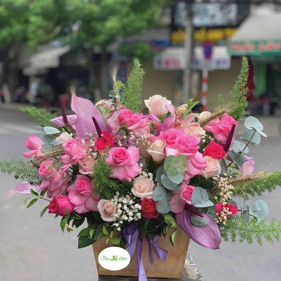 Hoa giỏ hồng dâu, hồng kem- HG10