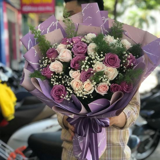 Bó hoa hồng tím, kem - HB62