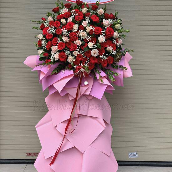 Kệ hoa hồng đỏ, kem -KH06