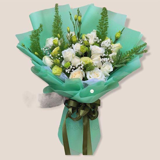 Bó hoa hồng trắng, cát tường xanh - HB146