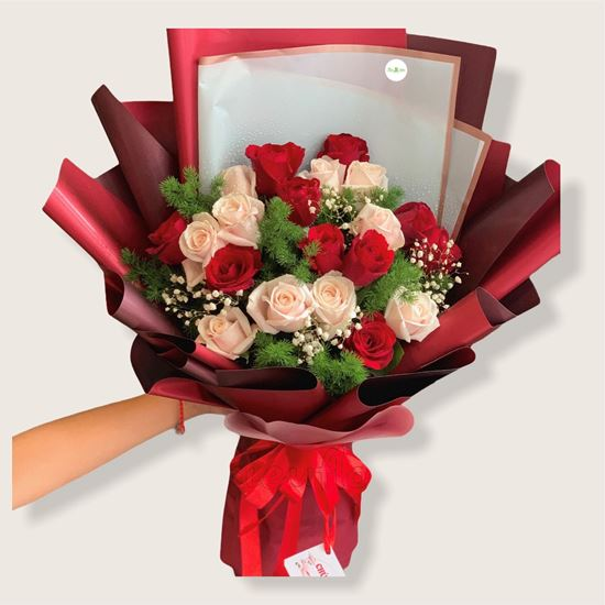 Bó hoa hồng đỏ,kem-HB106